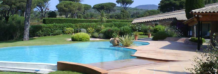 agencer travaux jardin avec piscine