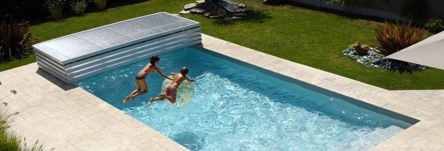 couverture de sa piscine